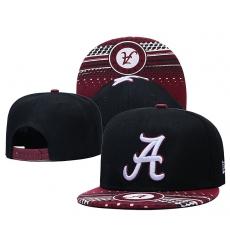 NCAA Hats-004
